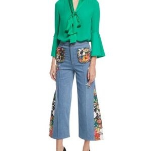 NWT! Alice and Olivia Reina sunwashed ankle jean